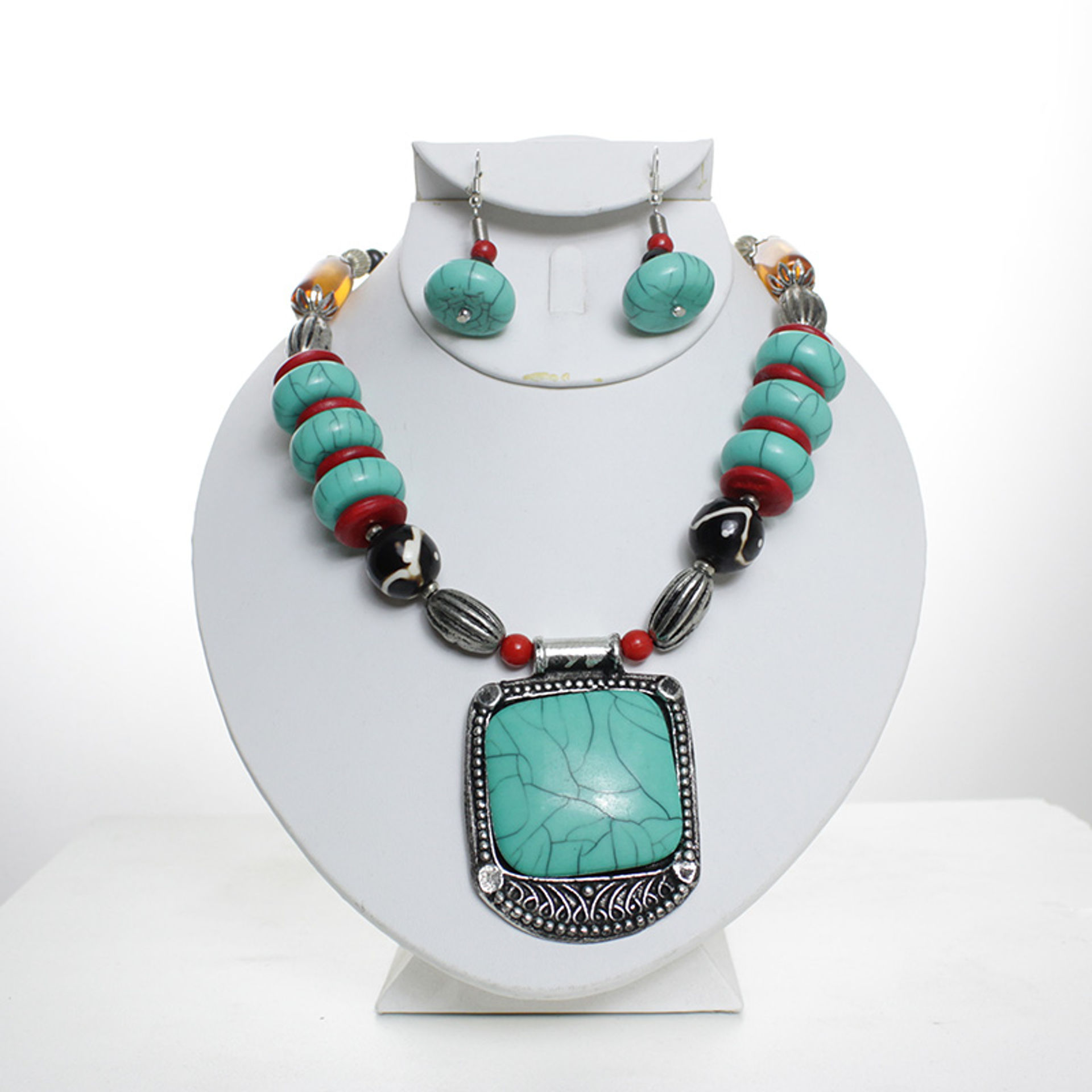 Picture of Tribal Turquoise Beaded Necklace Set