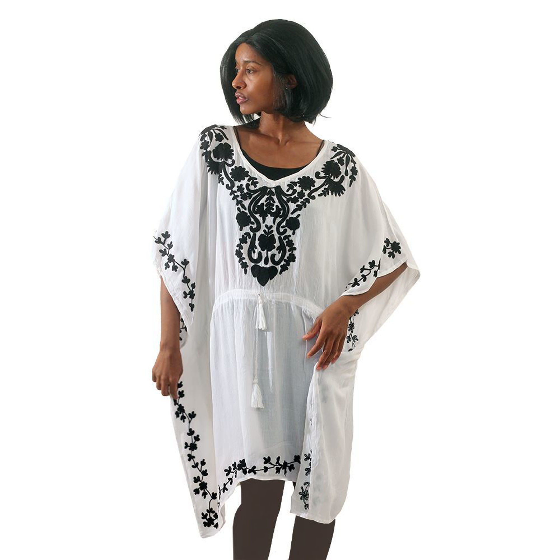 Picture of White/Black Tunic
